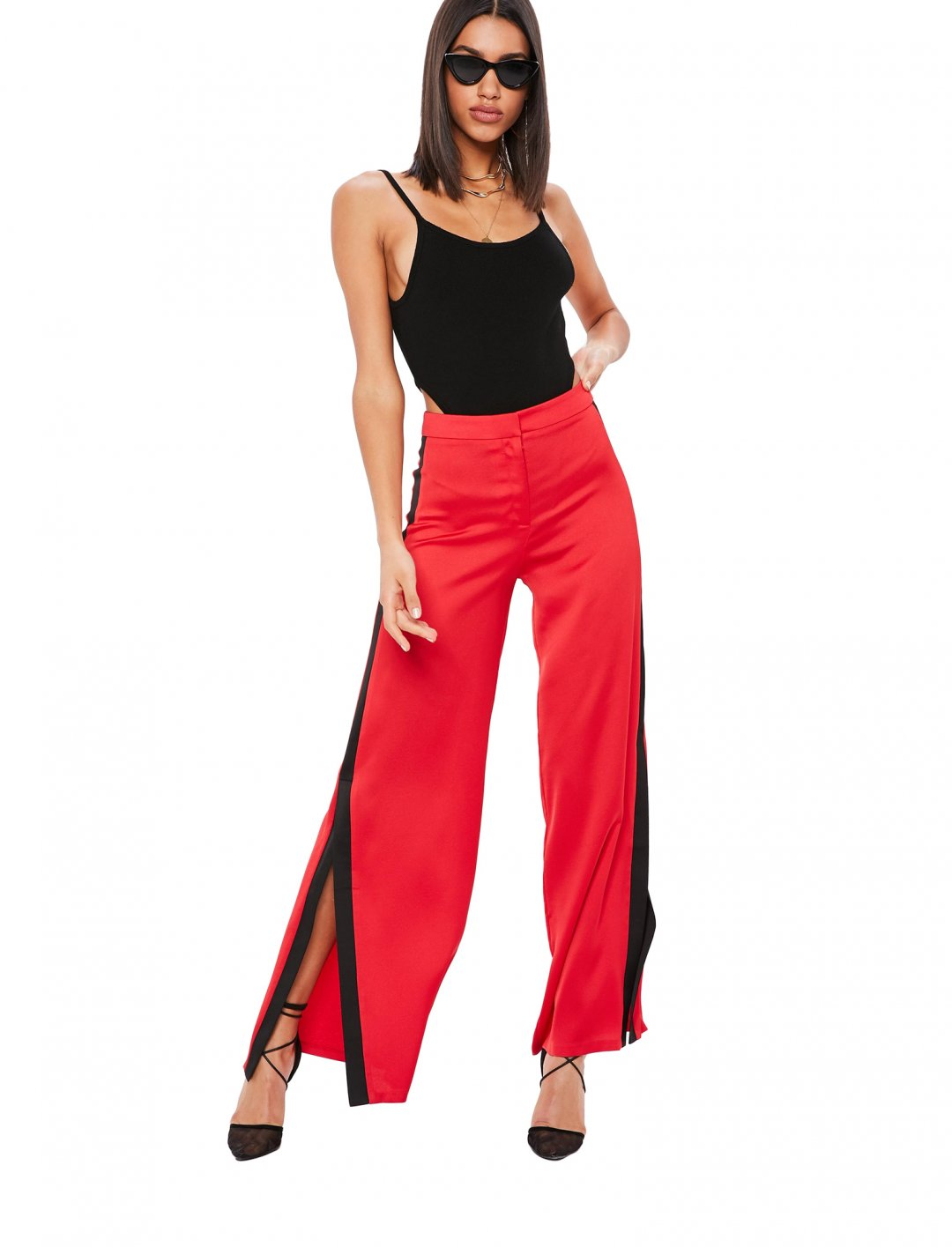 "Trousers In Red {""id"":5,""product_section_id"":1,""name"":""Clothing"",""order"":5} Missguided"