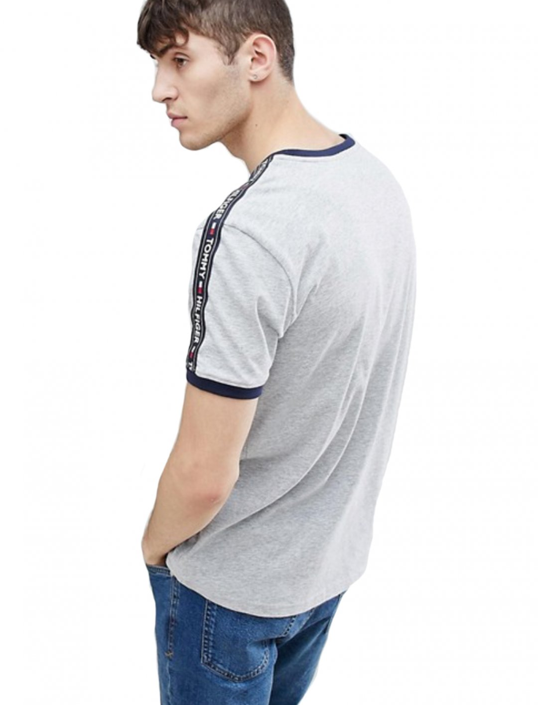 "Tommy Hilfiger Authentic T-Shirt {""id"":5,""product_section_id"":1,""name"":""Clothing"",""order"":5} Tommy Hilfiger"