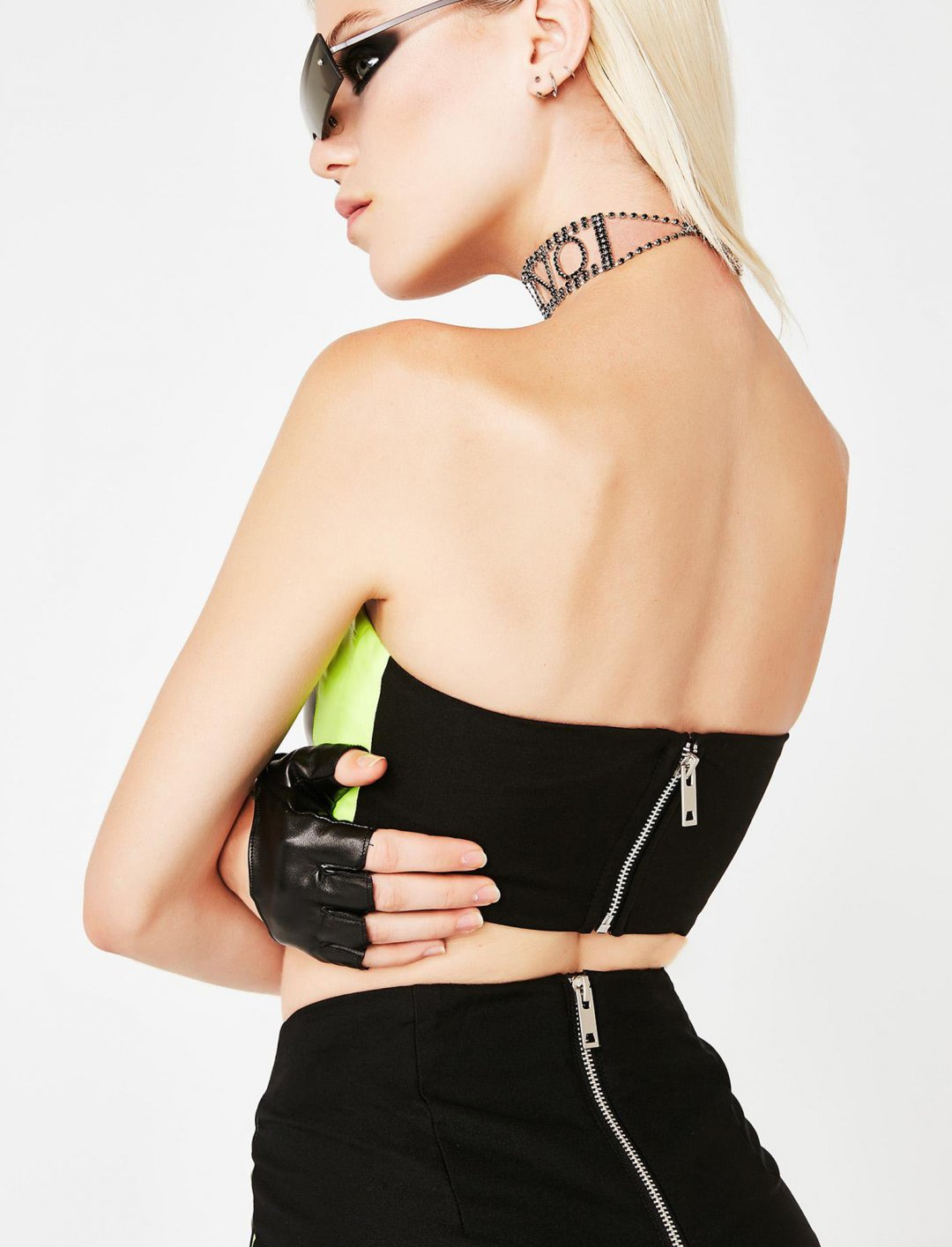 "Clio Bandeau {""id"":5,""product_section_id"":1,""name"":""Clothing"",""order"":5} I. AM. GIA"