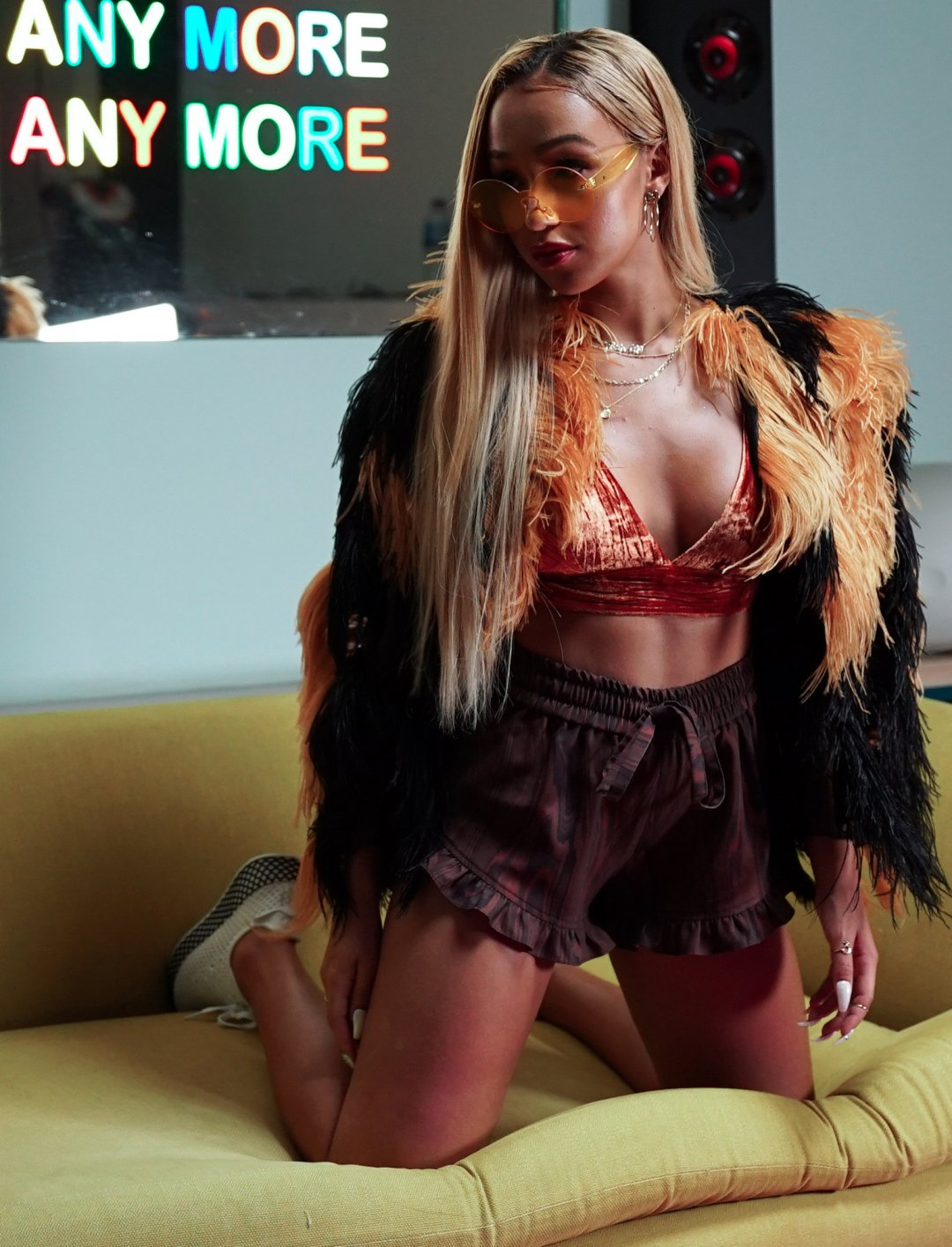 "Imani's Velvet Bra Top {""id"":5,""product_section_id"":1,""name"":""Clothing"",""order"":5} House of CB"