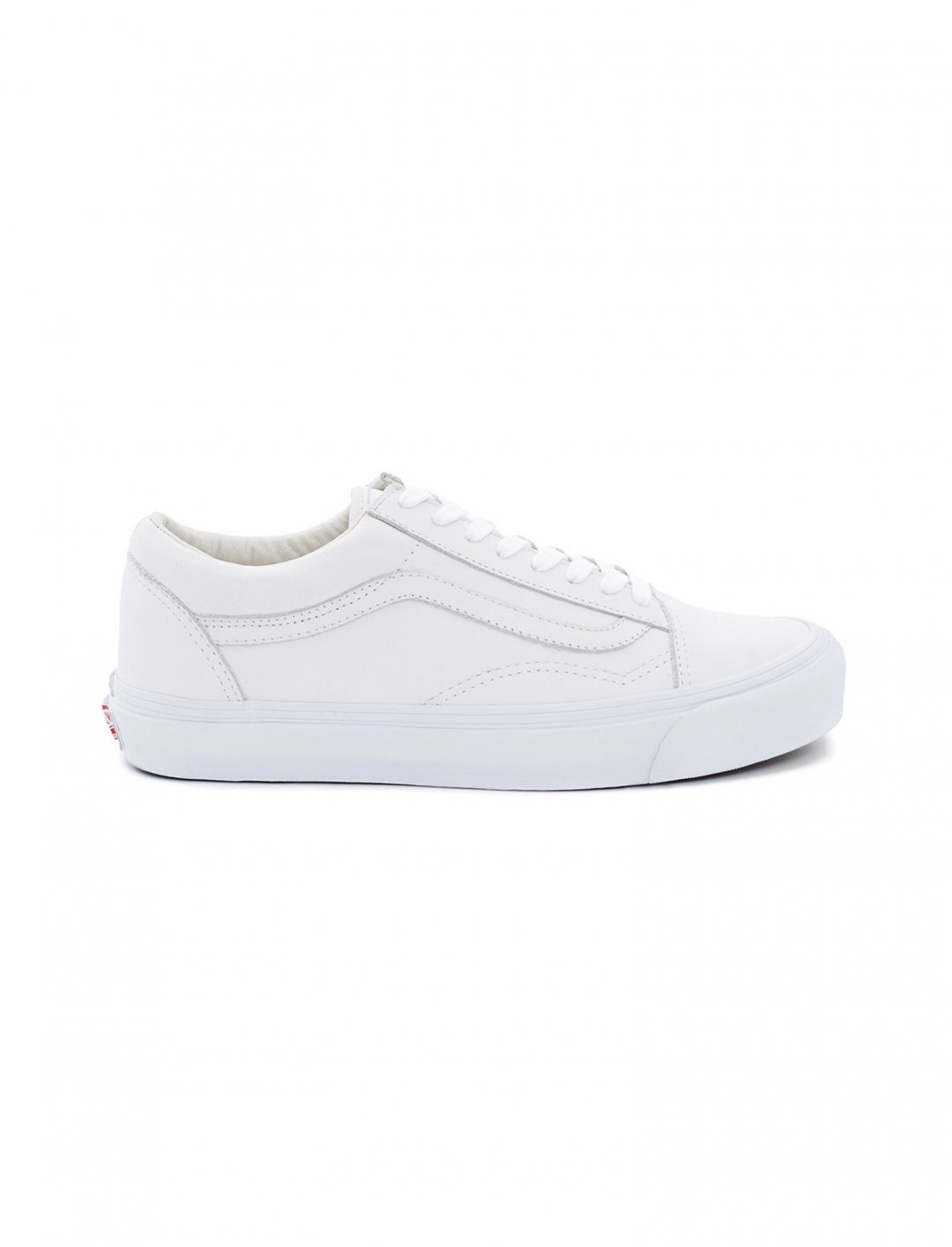 "Old Skool Trainers {""id"":12,""product_section_id"":1,""name"":""Shoes"",""order"":12} Vault by Vans"