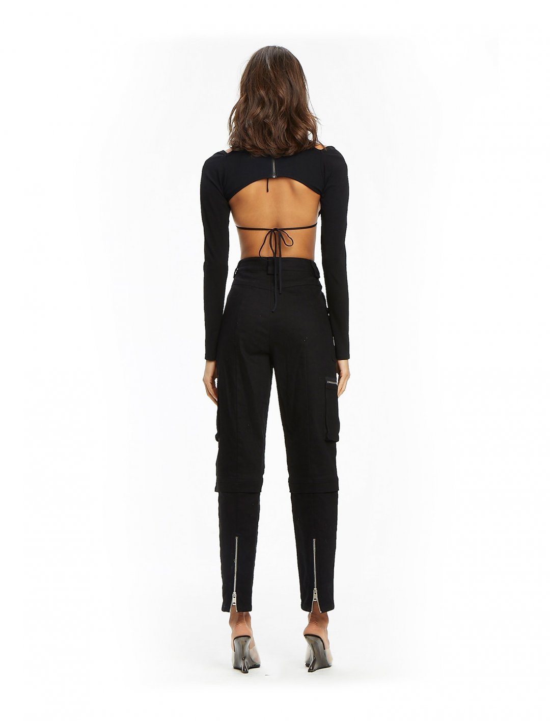 "Vesta Crop Top {""id"":5,""product_section_id"":1,""name"":""Clothing"",""order"":5} I.AM.GIA"