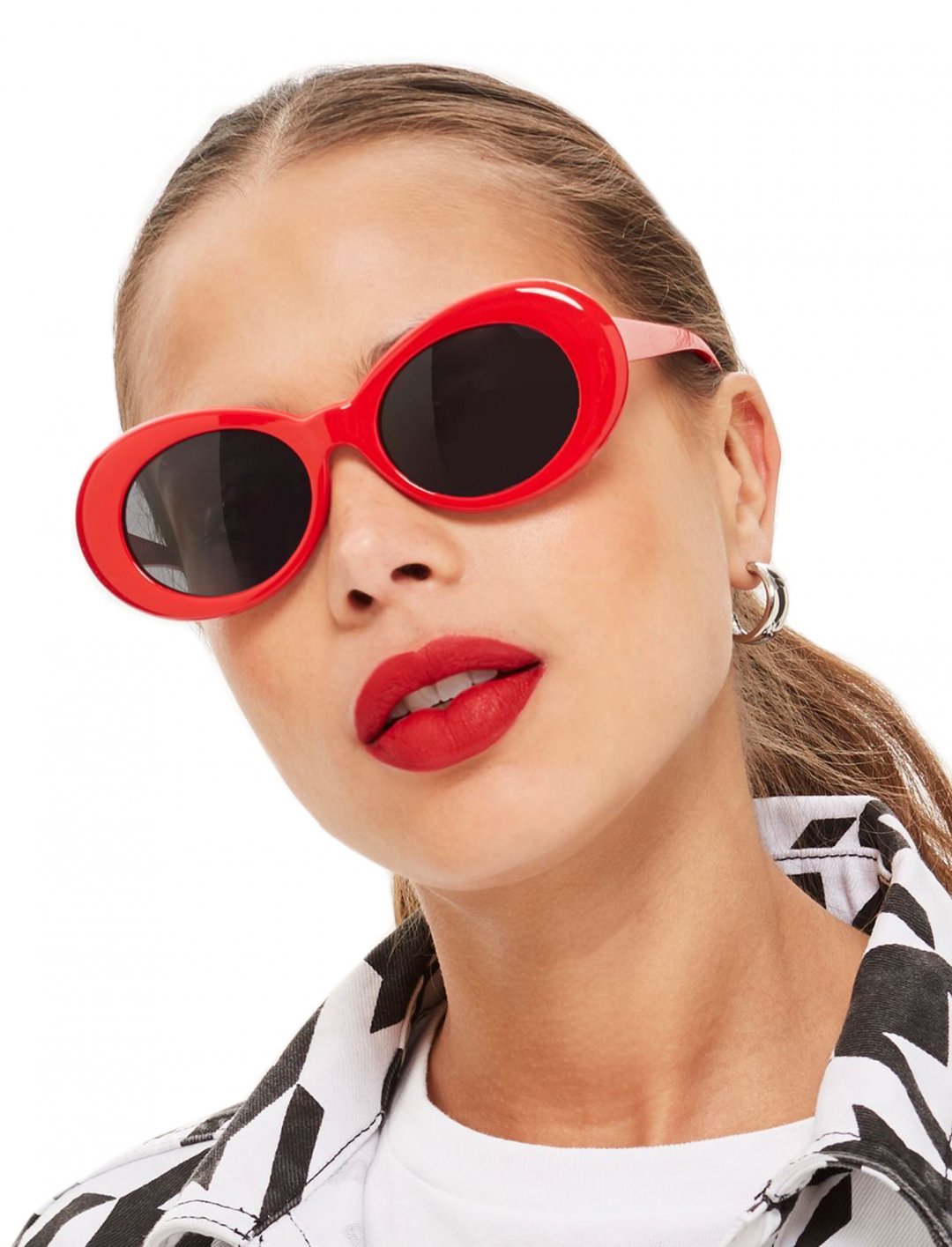 """Topshop Oval Sunglasses {""""id"""":16,""""product_section_id"""":1,""""name"""":""""Accessories"""",""""order"""":15} Topshop"""