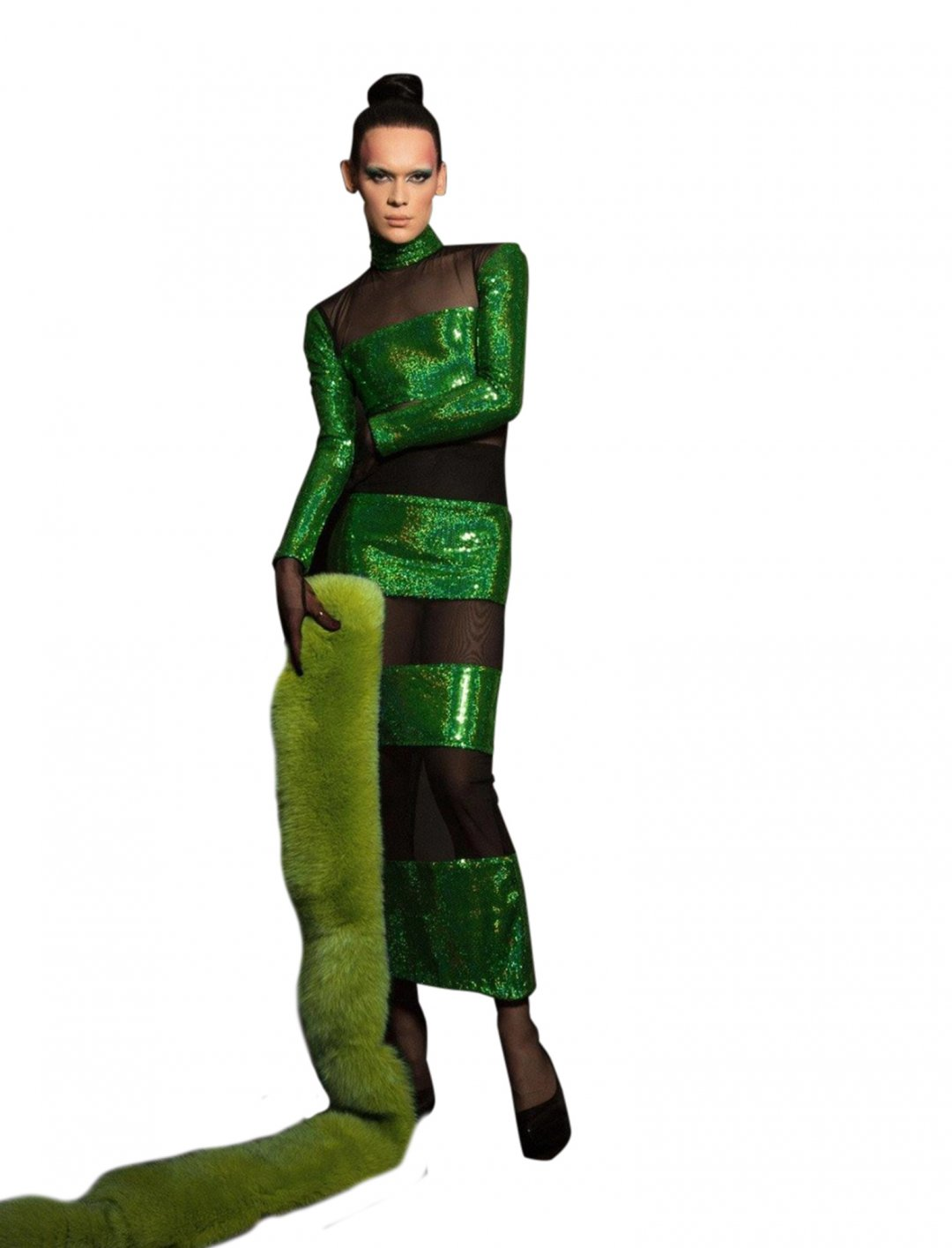 "JLo's Green Sequin Dress {""id"":5,""product_section_id"":1,""name"":""Clothing"",""order"":5} Cheng-Huai Chuang"