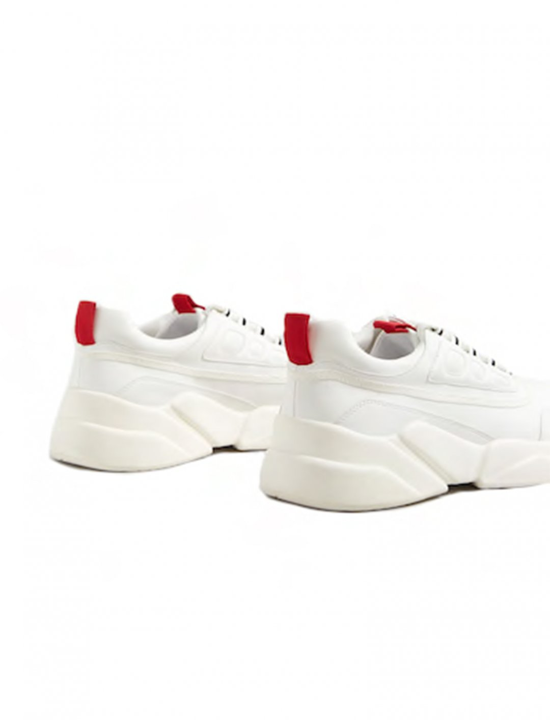 """Contrast Appliqué Sneakers {""""id"""":12,""""product_section_id"""":1,""""name"""":""""Shoes"""",""""order"""":12} MANGO"""