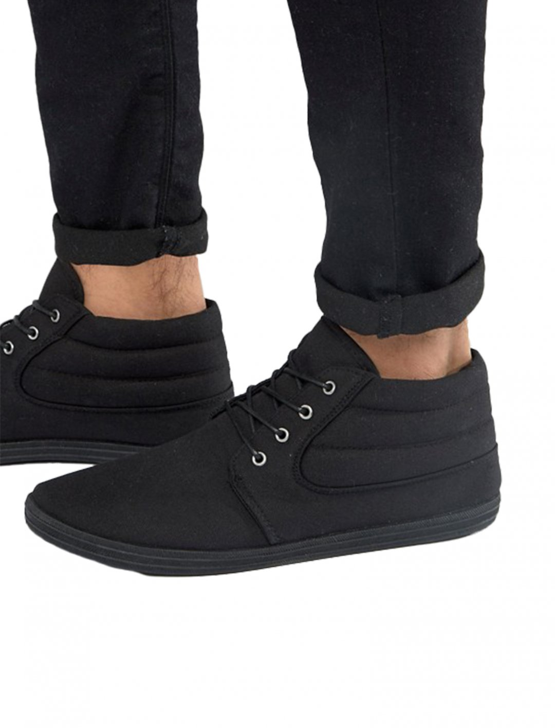 "Asos Chukka Boots {""id"":12,""product_section_id"":1,""name"":""Shoes"",""order"":12} Asos"