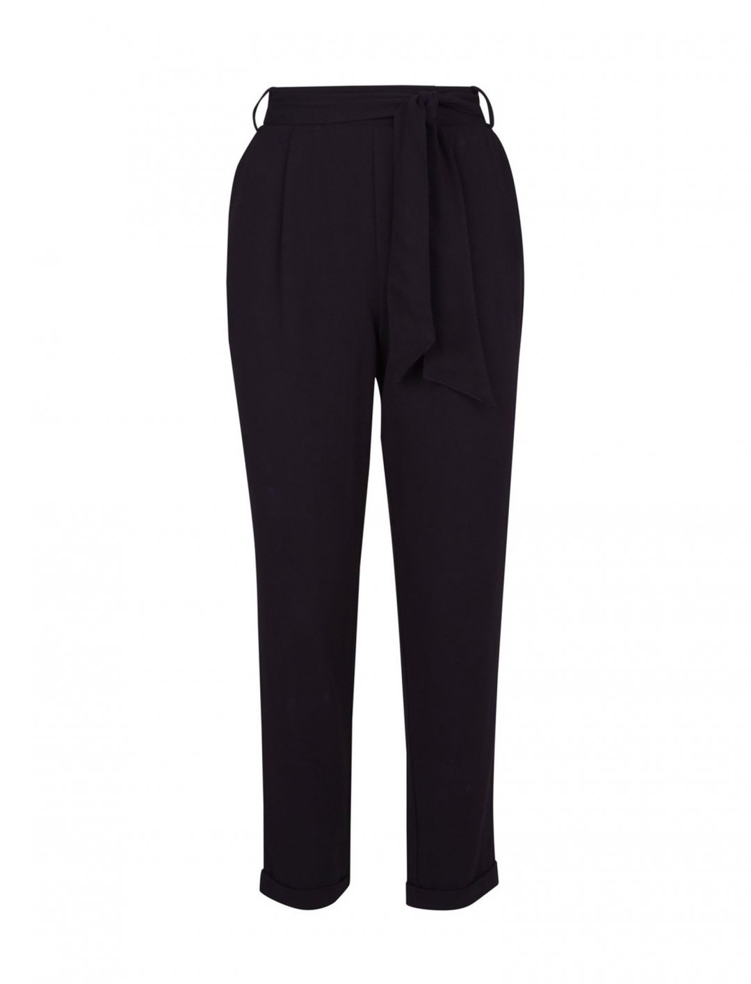 "New Look Tapered Trousers {""id"":5,""product_section_id"":1,""name"":""Clothing"",""order"":5} New Look"