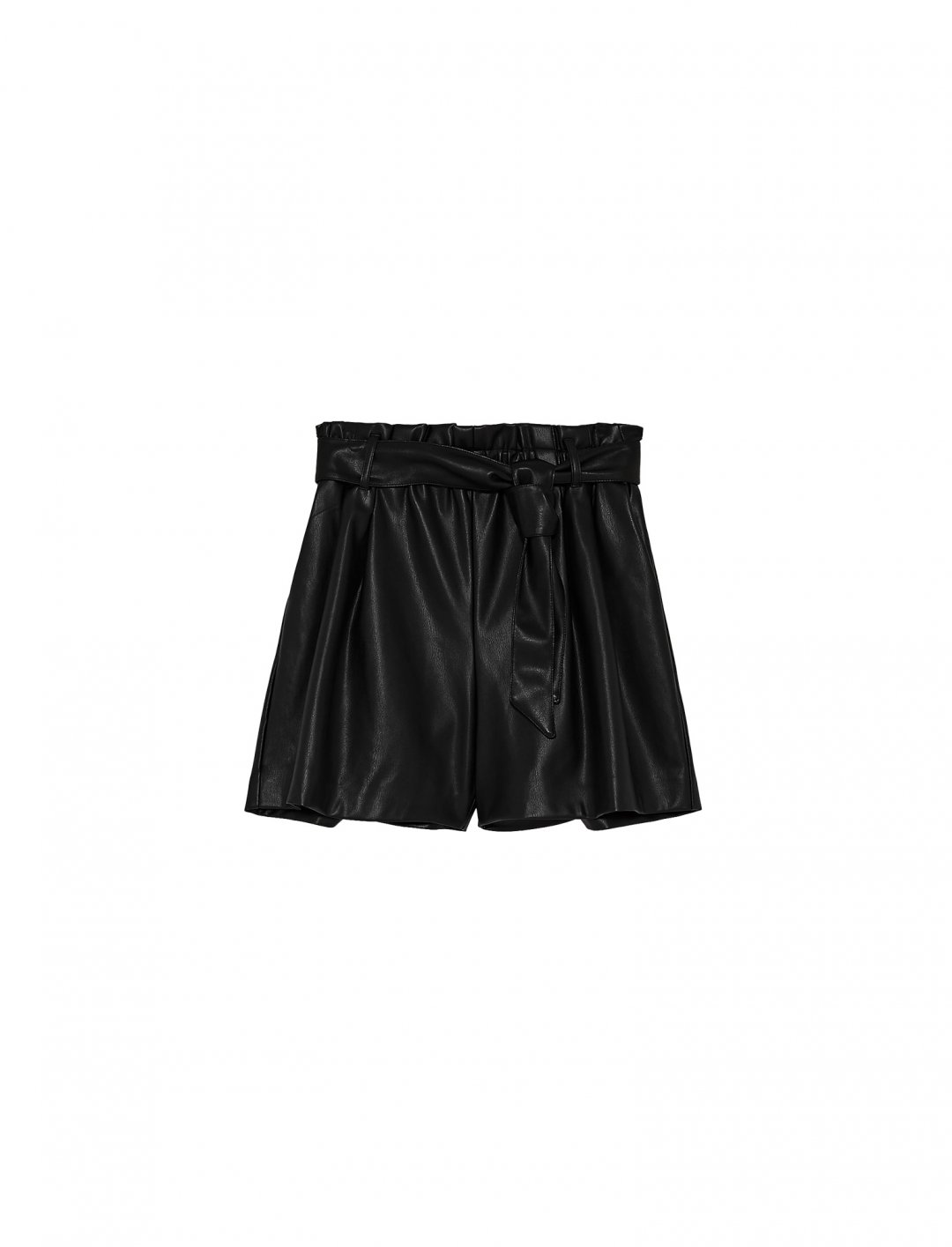 "Zara Leather Bermuda Shorts {""id"":5,""product_section_id"":1,""name"":""Clothing"",""order"":5} Zara"