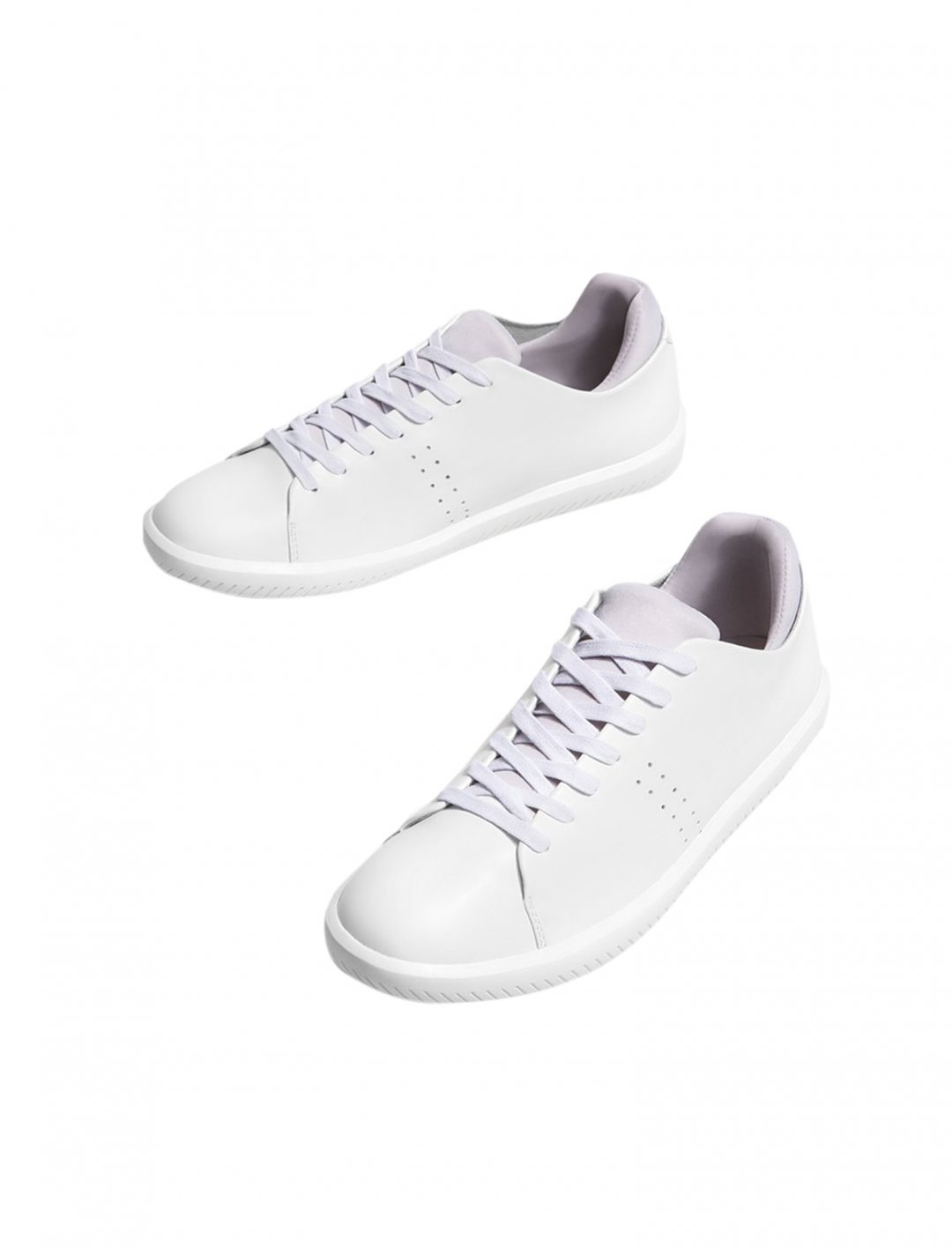 "Stradivarius Low Top Trainer {""id"":12,""product_section_id"":1,""name"":""Shoes"",""order"":12} Stradivarius"