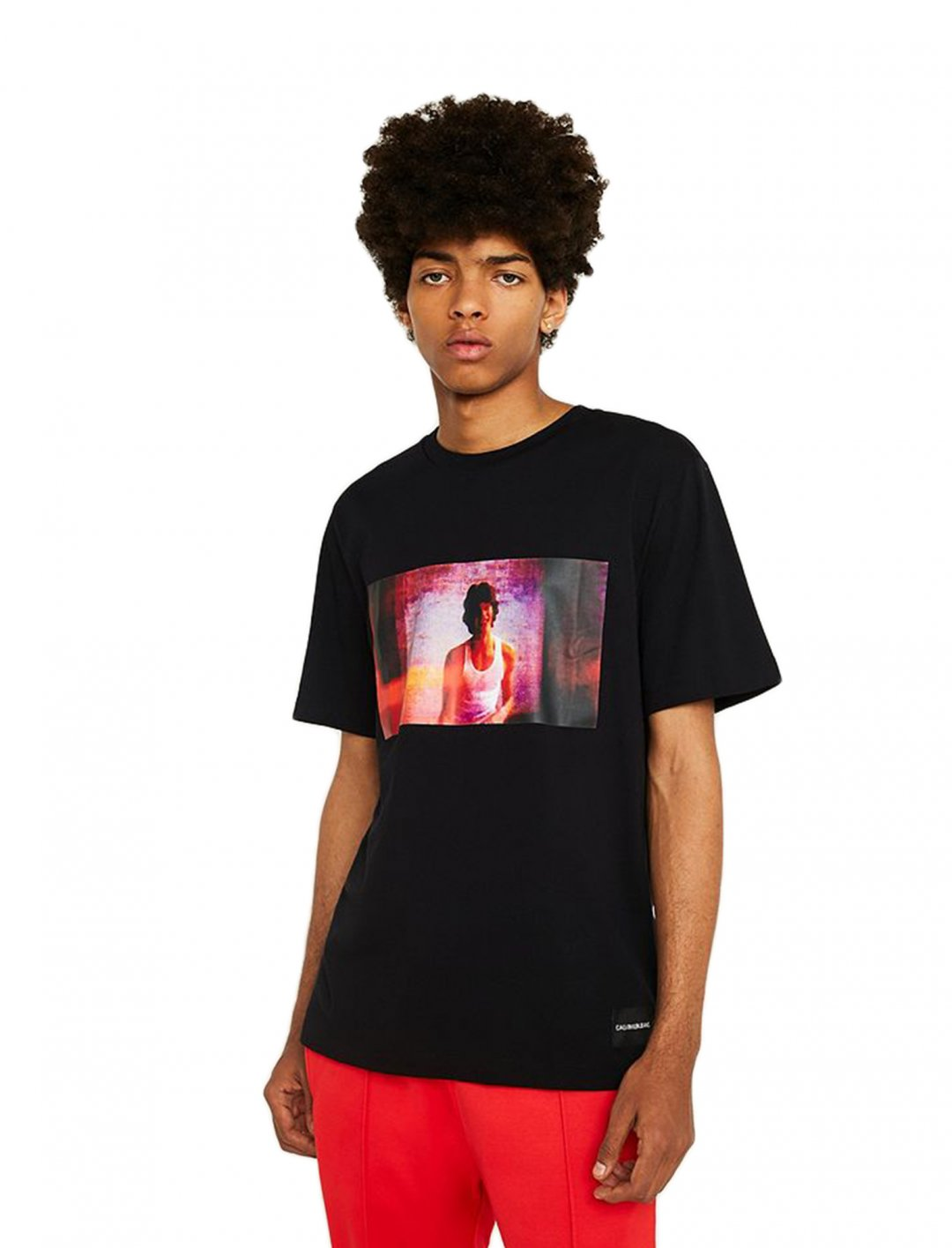 "Digital Photo Box T-Shirt {""id"":5,""product_section_id"":1,""name"":""Clothing"",""order"":5} Calvin Klein Jeans"