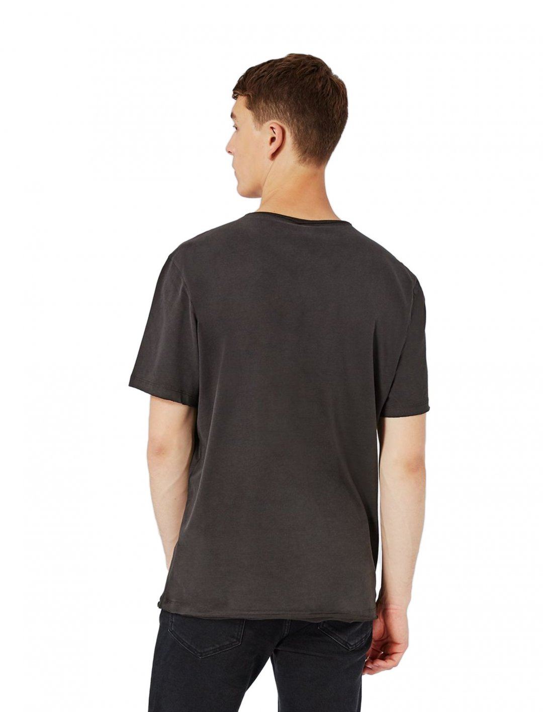 "Graphic Print T-Shirt {""id"":5,""product_section_id"":1,""name"":""Clothing"",""order"":5} Topman"