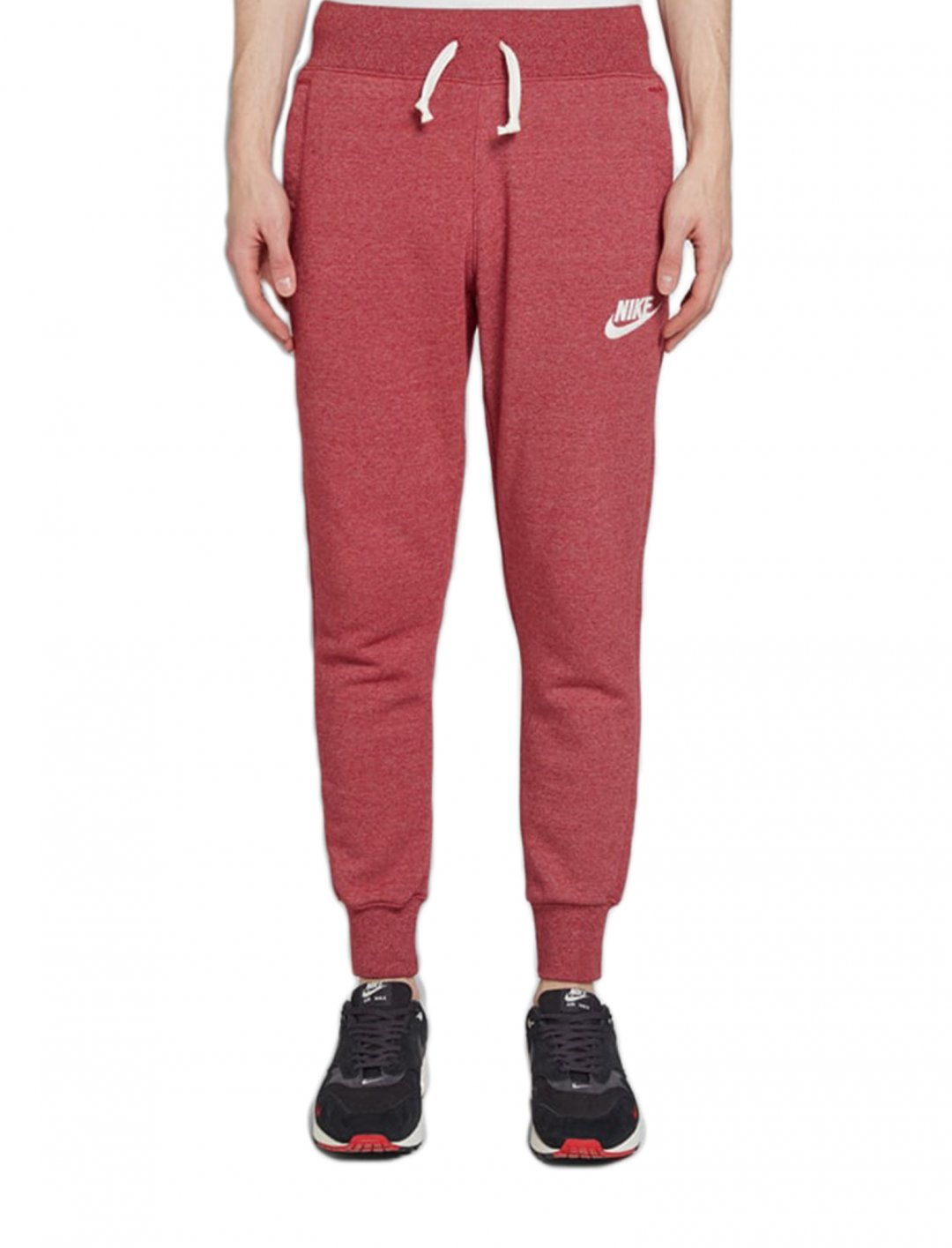 "Heritage Joggers {""id"":5,""product_section_id"":1,""name"":""Clothing"",""order"":5} Nike"