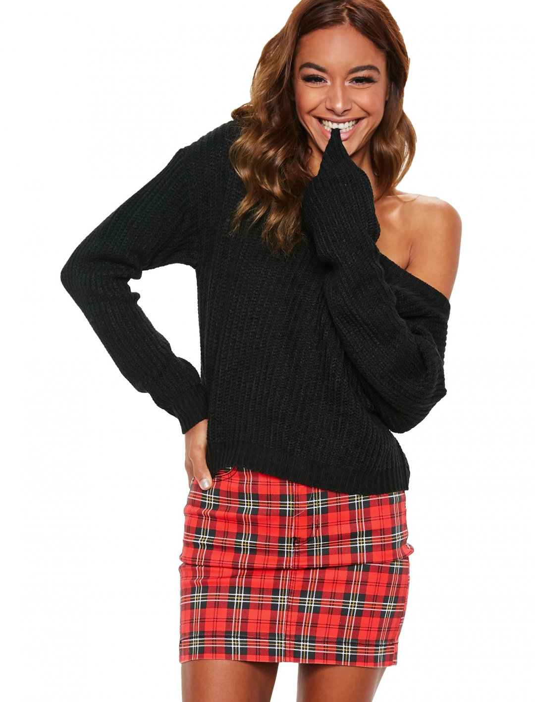 "Knitted Jumper In Black {""id"":5,""product_section_id"":1,""name"":""Clothing"",""order"":5} Missguided"