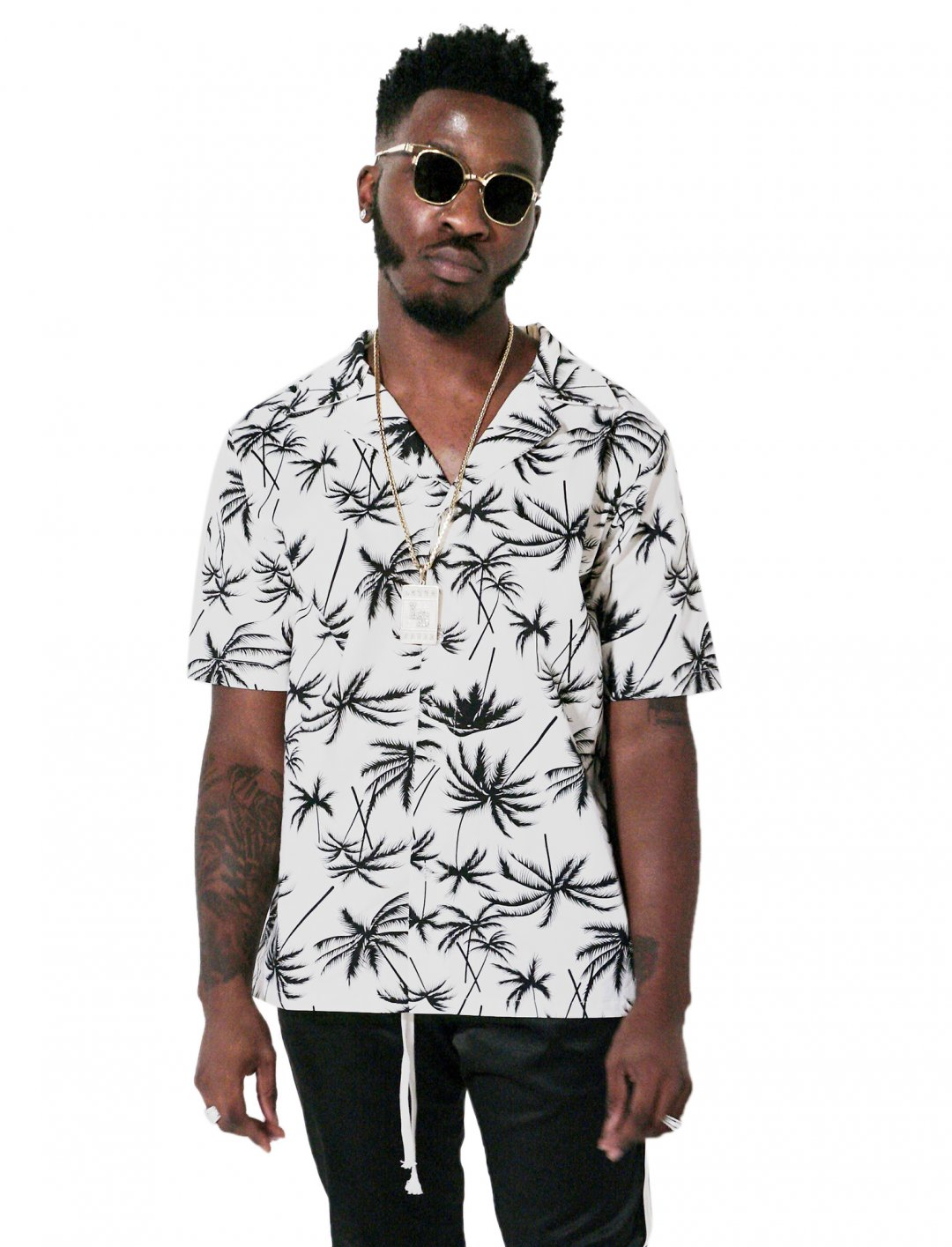 "Lotto Boyzz' Palm Print Shirt {""id"":5,""product_section_id"":1,""name"":""Clothing"",""order"":5} ADYN"