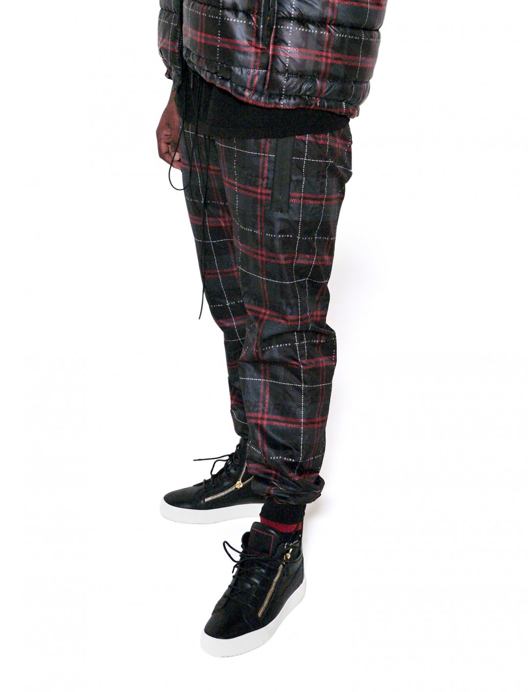 "Lotto Boyzz' Waterproof Trousers {""id"":5,""product_section_id"":1,""name"":""Clothing"",""order"":5} Represent"