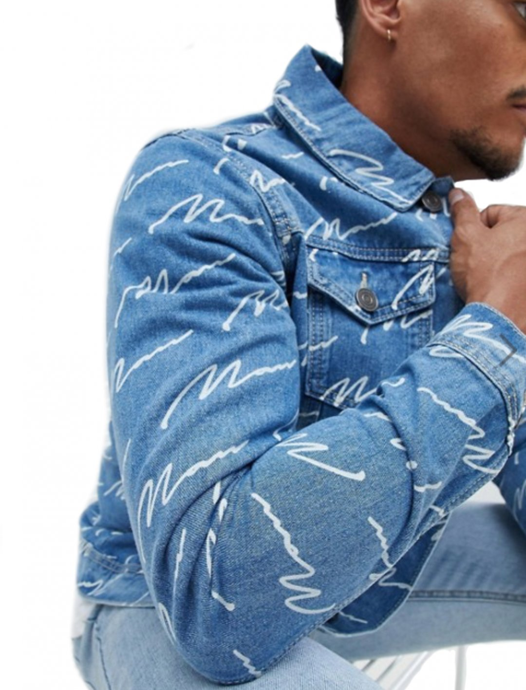 "MAN Signature Print Denim Jacket {""id"":5,""product_section_id"":1,""name"":""Clothing"",""order"":5} boohooMAN"
