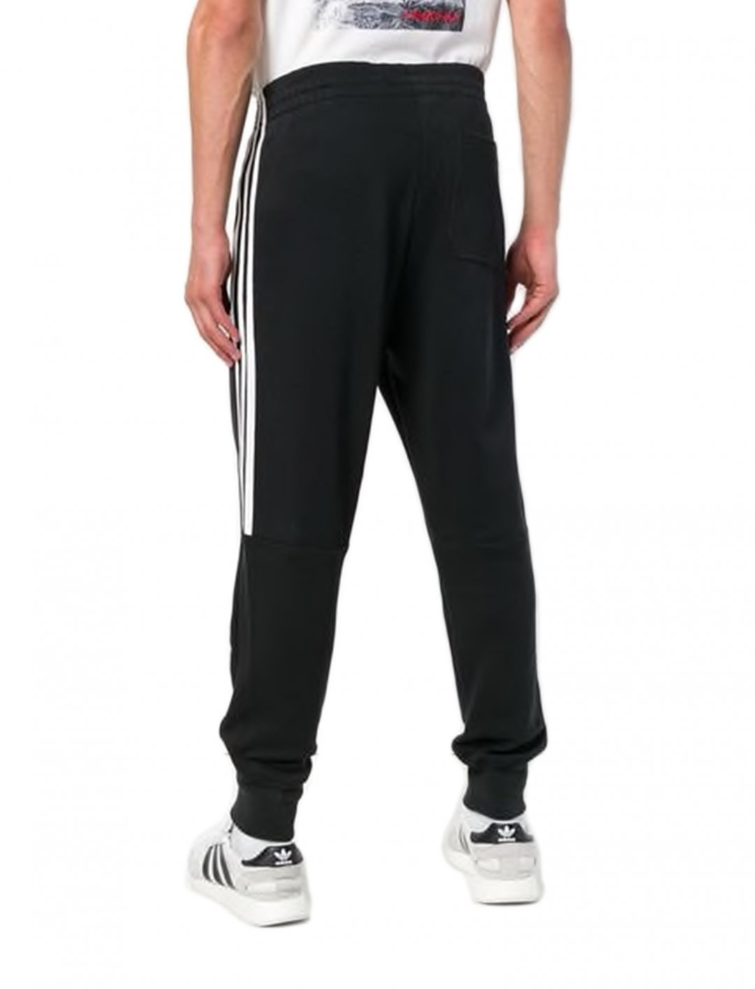 "Track Pants In Black {""id"":5,""product_section_id"":1,""name"":""Clothing"",""order"":5} adidas"
