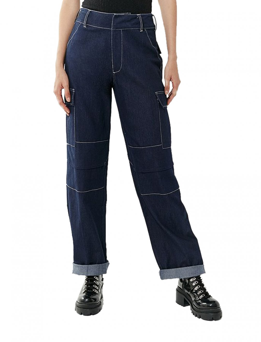 "Ace Pants {""id"":5,""product_section_id"":1,""name"":""Clothing"",""order"":5} I AM GIA"