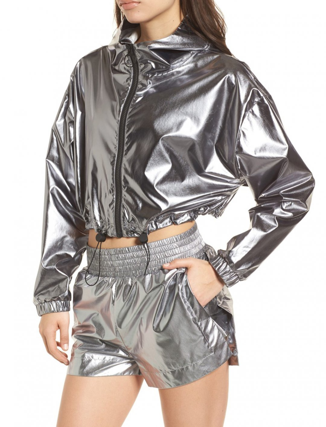 "Ivy Park Metallic Crop Jacket {""id"":5,""product_section_id"":1,""name"":""Clothing"",""order"":5} Ivy Park"