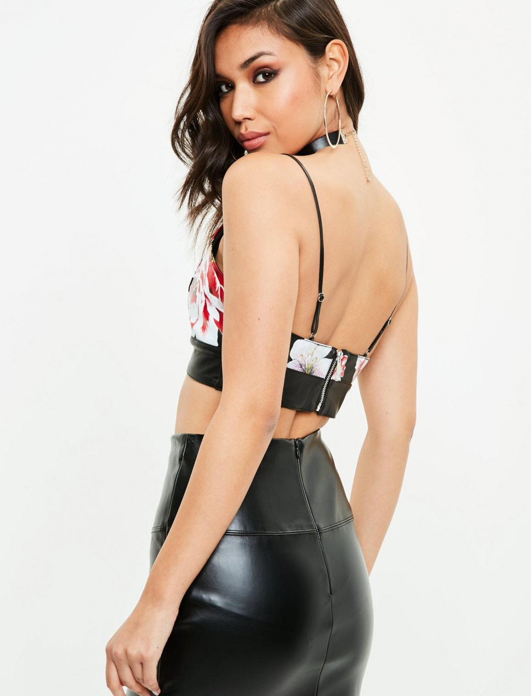 "Missguided Leather Bralet {""id"":5,""product_section_id"":1,""name"":""Clothing"",""order"":5} Missguided"
