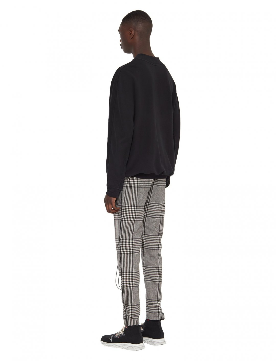 """Not3s' Large Check Track Pants {""""id"""":5,""""product_section_id"""":1,""""name"""":""""Clothing"""",""""order"""":5} Represent"""