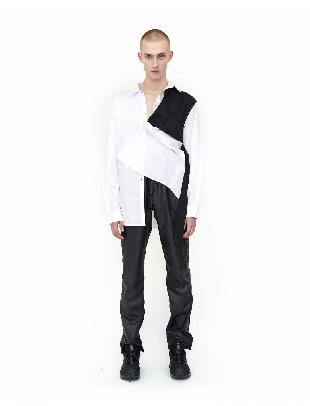 "Not3s' Strap Shirt {""id"":5,""product_section_id"":1,""name"":""Clothing"",""order"":5} HELIOT EMIL"