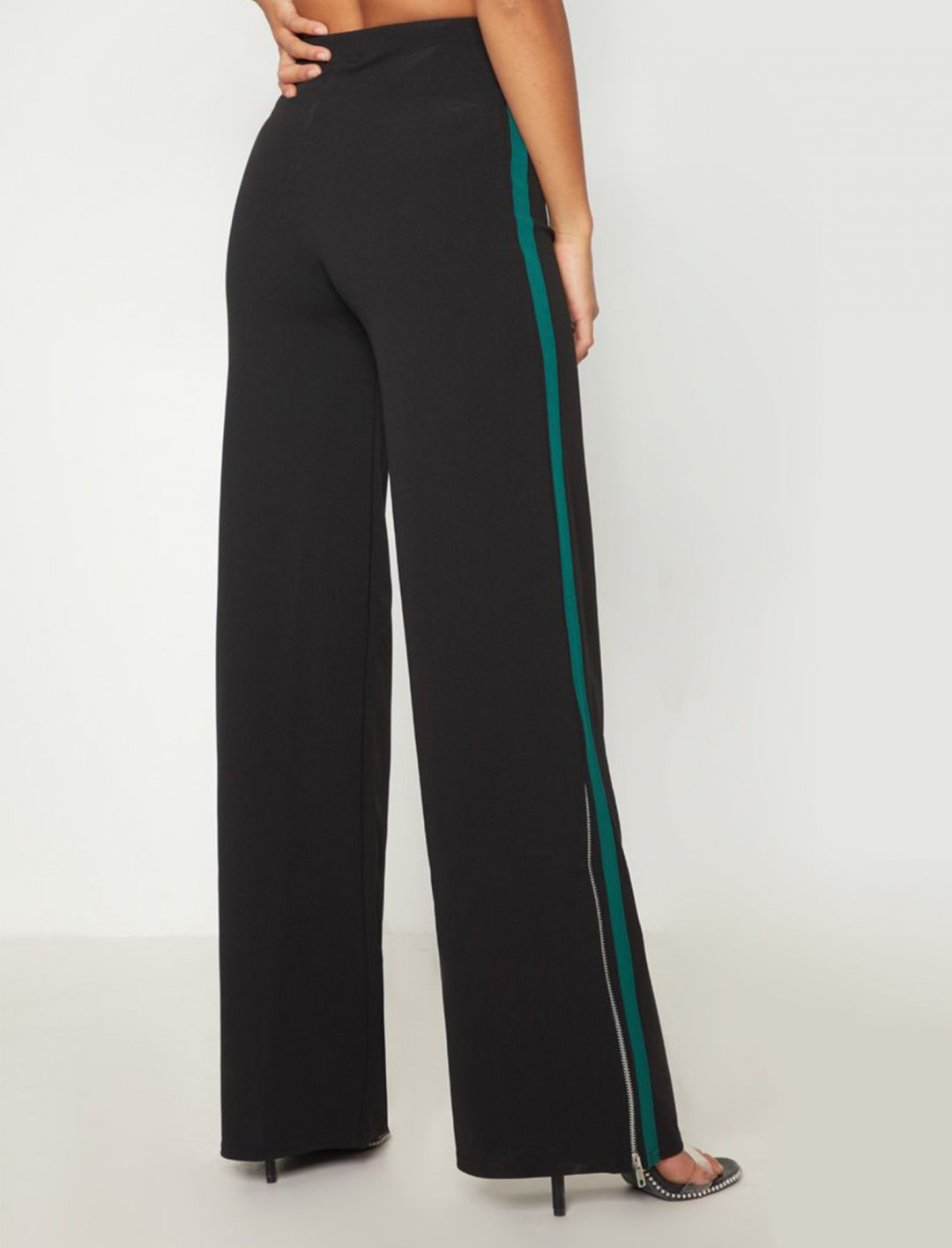 "Side Stripe Wide Leg Trousers {""id"":5,""product_section_id"":1,""name"":""Clothing"",""order"":5} Pretty Little Thing"