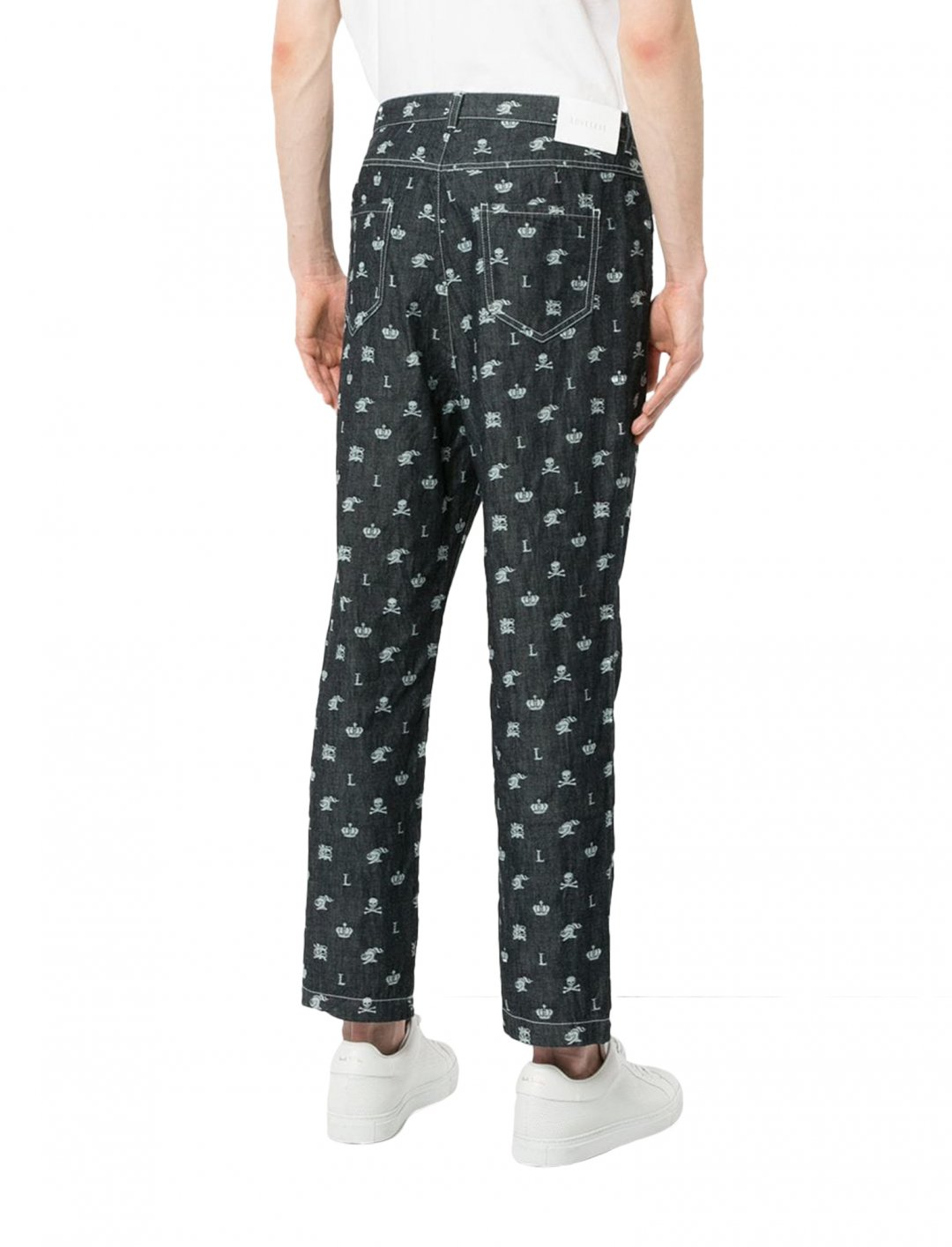 "Skull Print Jeans {""id"":5,""product_section_id"":1,""name"":""Clothing"",""order"":5} Loveless"