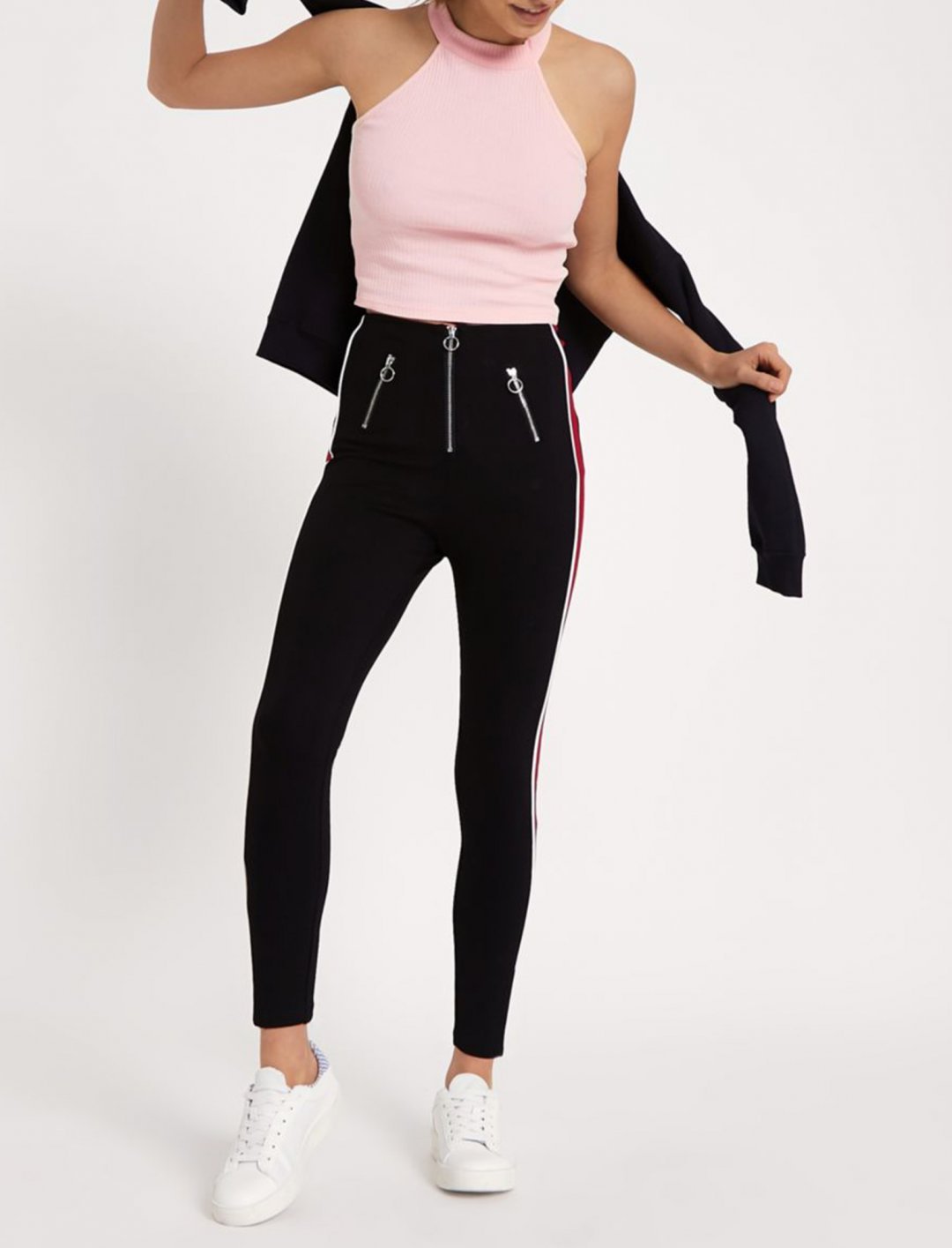 """River Island Crop Top {""""id"""":5,""""product_section_id"""":1,""""name"""":""""Clothing"""",""""order"""":5} River Island"""