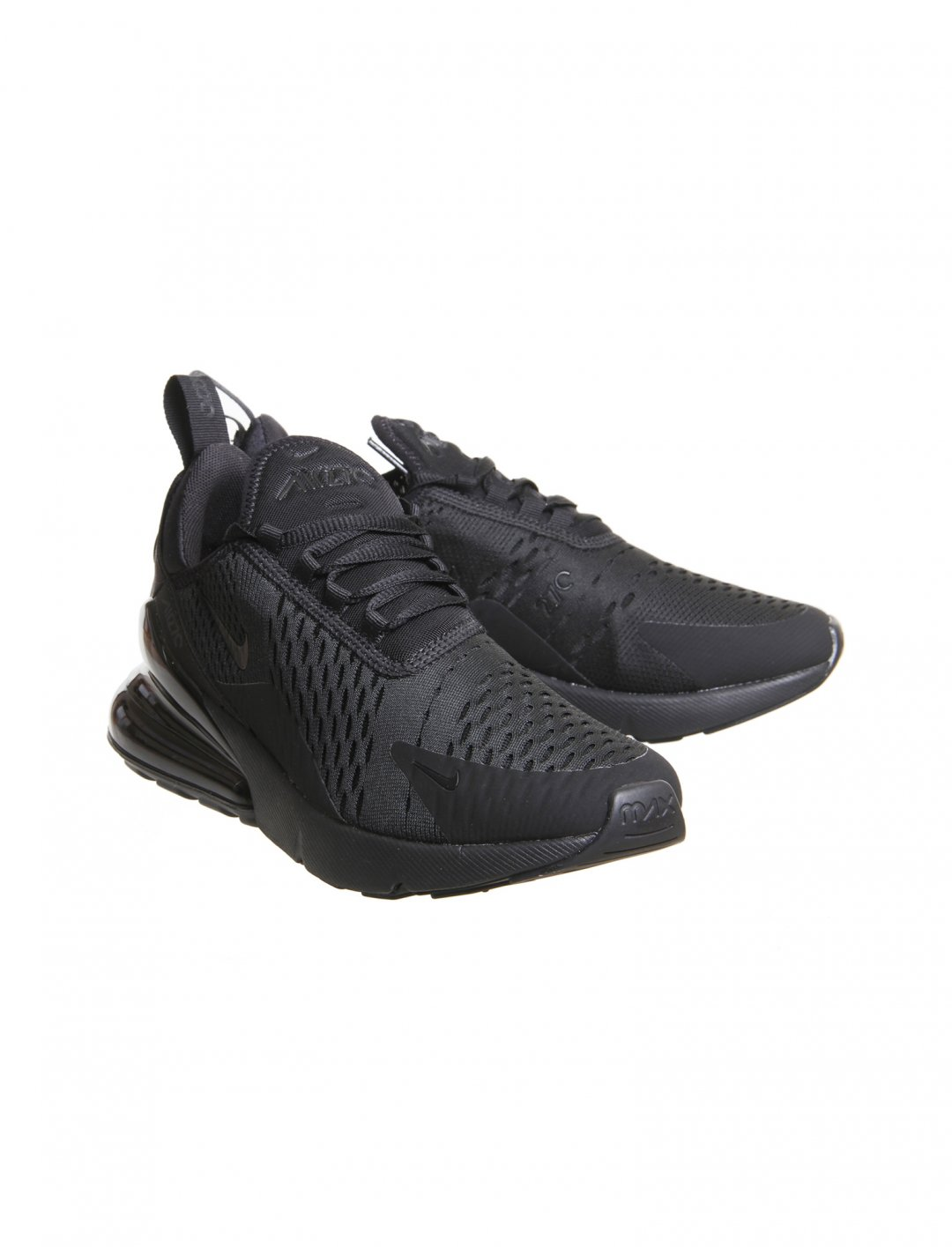 "Nike Air Max 270 Trainers {""id"":12,""product_section_id"":1,""name"":""Shoes"",""order"":12} Nike"