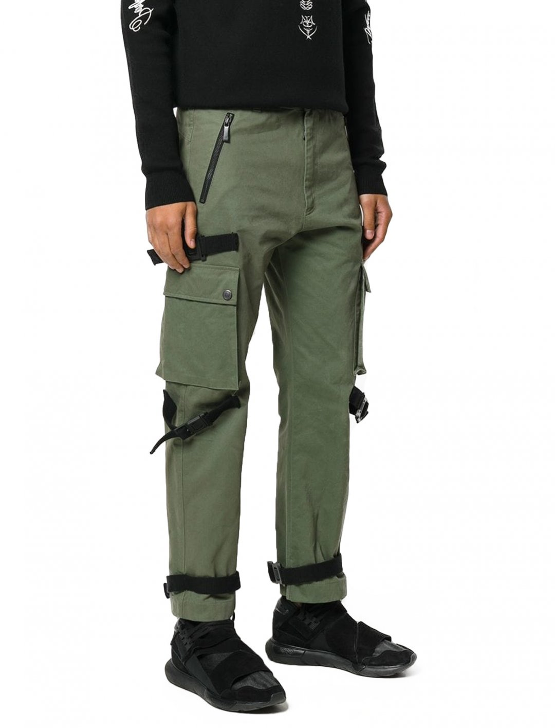 "Russ' Combat Trousers {""id"":5,""product_section_id"":1,""name"":""Clothing"",""order"":5} Marcelo Burlon County of Milan"