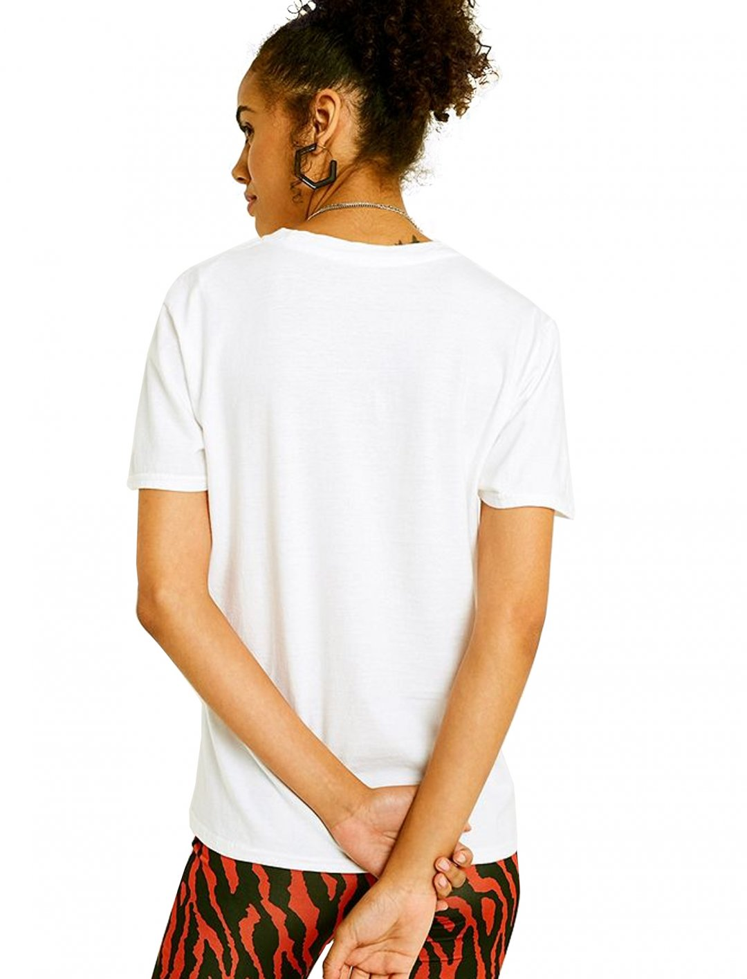"LA Reverse Dye T-Shirt {""id"":5,""product_section_id"":1,""name"":""Clothing"",""order"":5} Urban Outfitters"