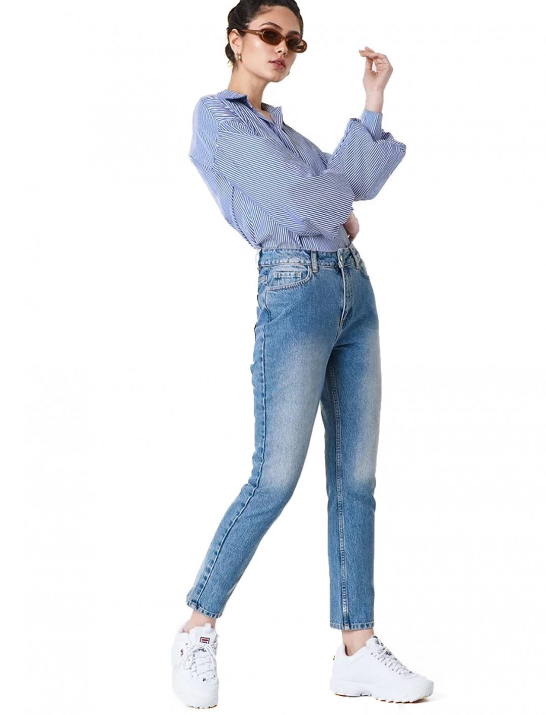 "Regul Hem Denim Jeans {""id"":5,""product_section_id"":1,""name"":""Clothing"",""order"":5} NA-KD"