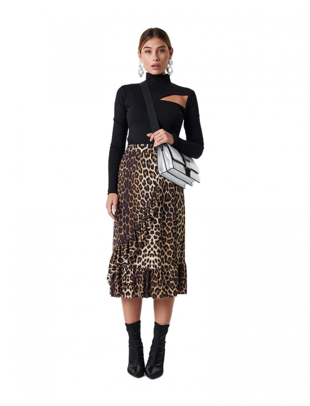 "Skirt In Brown {""id"":5,""product_section_id"":1,""name"":""Clothing"",""order"":5} Sisters Point"