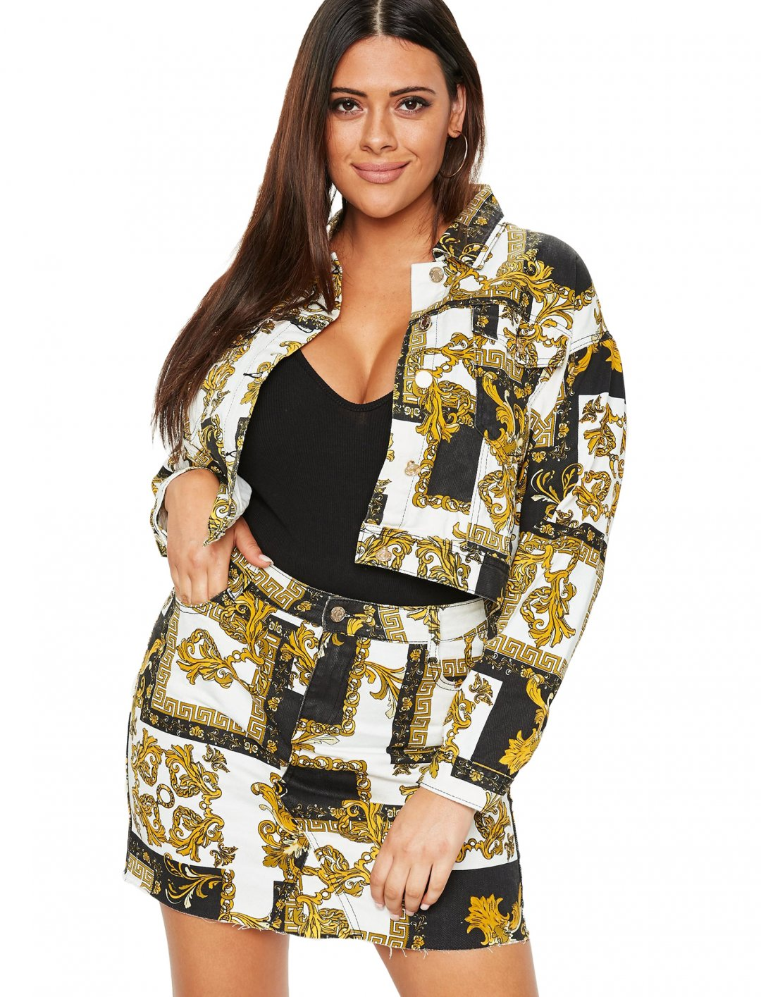 "Scarf Print Jacket {""id"":5,""product_section_id"":1,""name"":""Clothing"",""order"":5} Missguided"