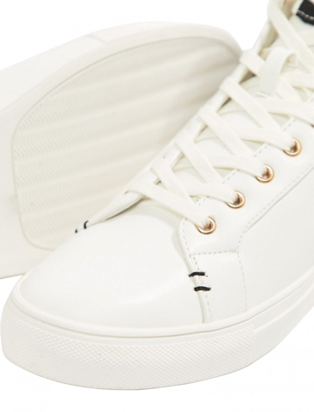 "High Top Trainers {""id"":12,""product_section_id"":1,""name"":""Shoes"",""order"":12} River Island"