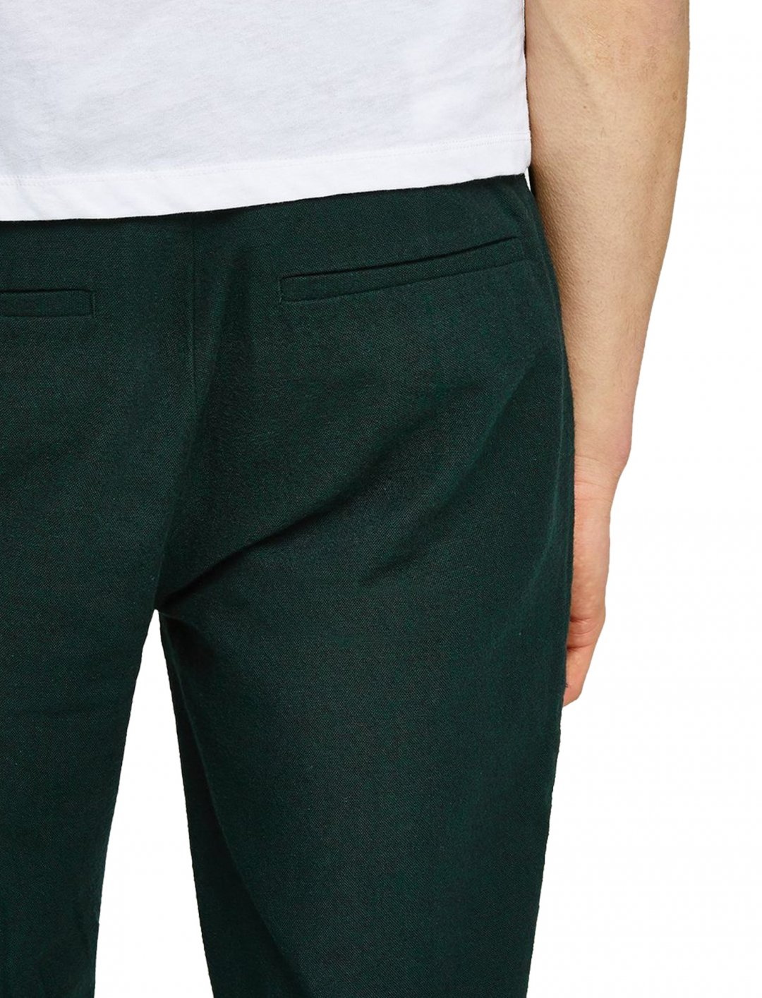 "Farah Khaki 'Elm' Chinos {""id"":5,""product_section_id"":1,""name"":""Clothing"",""order"":5} Farah"