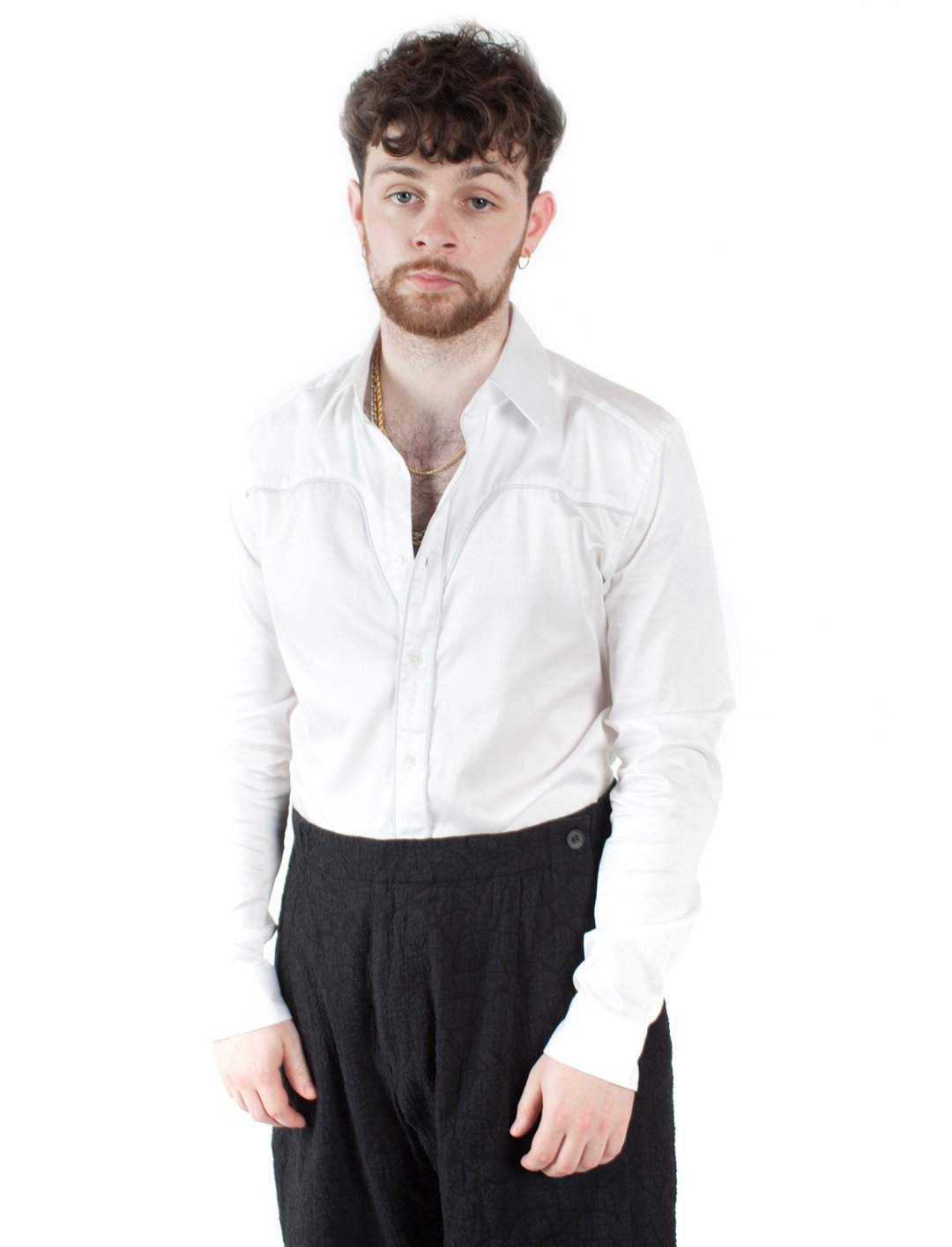"""Tom Grennan's Piped Shirt {""""id"""":5,""""product_section_id"""":1,""""name"""":""""Clothing"""",""""order"""":5} Reiss"""