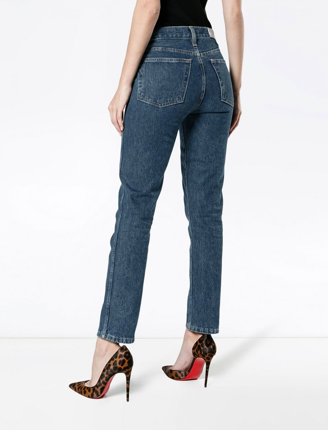 "Blue Double Needle Crop Jeans {""id"":5,""product_section_id"":1,""name"":""Clothing"",""order"":5} RE/DONE"