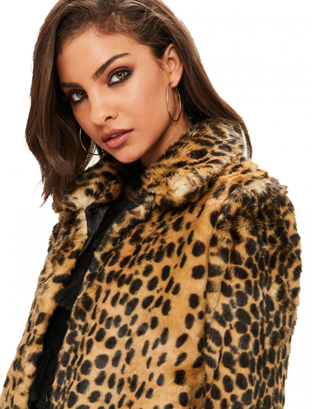 "Coat In Leopard Print {""id"":5,""product_section_id"":1,""name"":""Clothing"",""order"":5} Missguided"