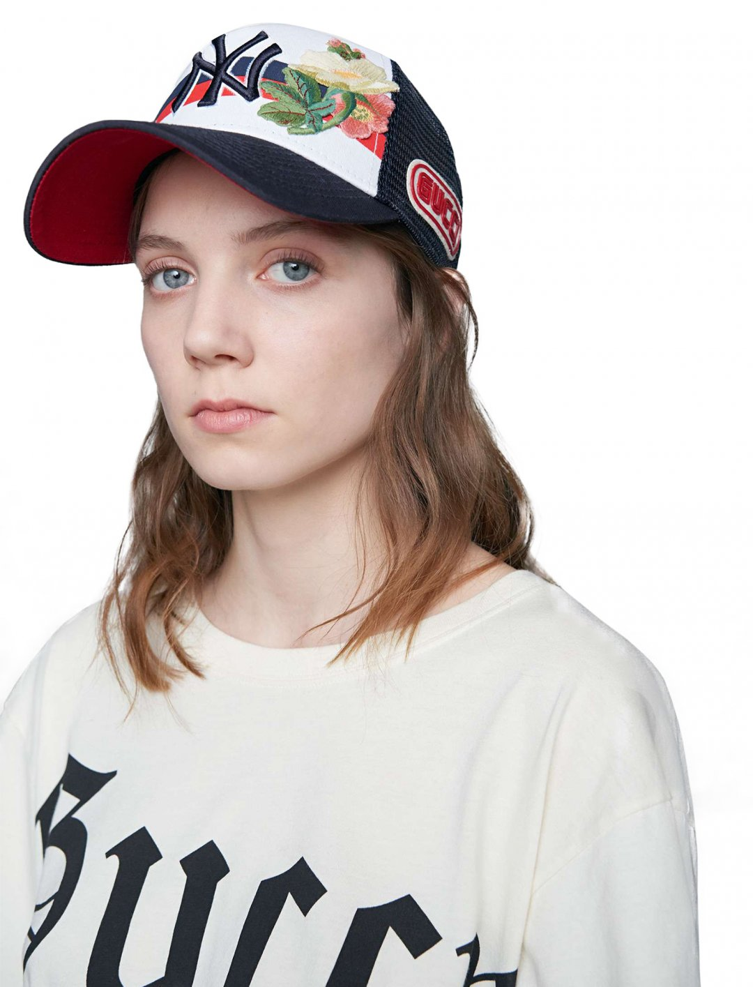 "NY Yankees™ Baseball Cap {""id"":16,""product_section_id"":1,""name"":""Accessories"",""order"":15} Gucci"