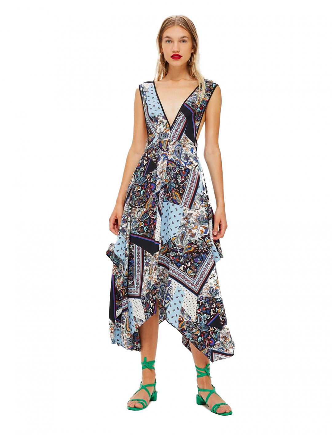 "Scarf Print Dress {""id"":5,""product_section_id"":1,""name"":""Clothing"",""order"":5} Topshop"