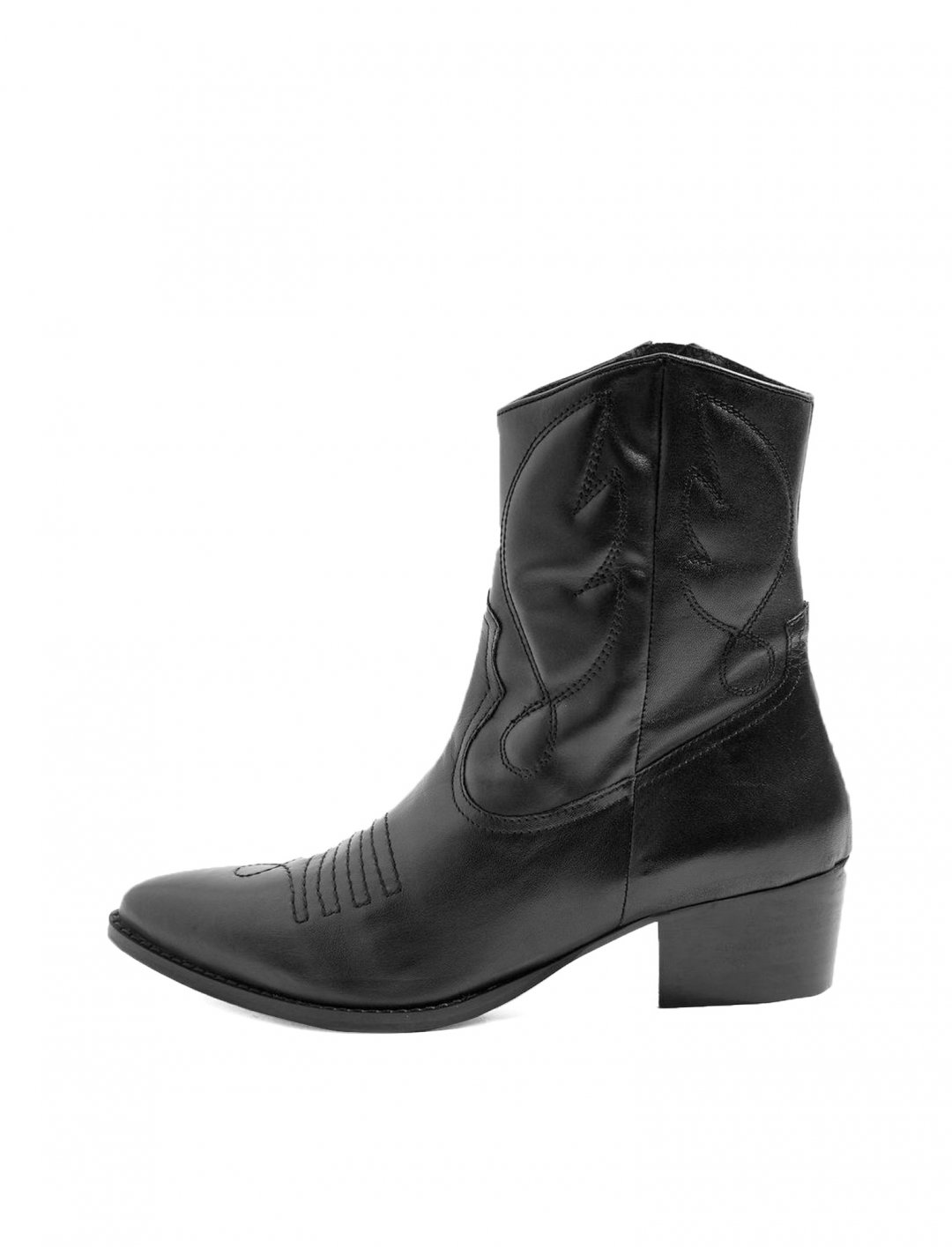 "Western Boots {""id"":12,""product_section_id"":1,""name"":""Shoes"",""order"":12} Topshop"