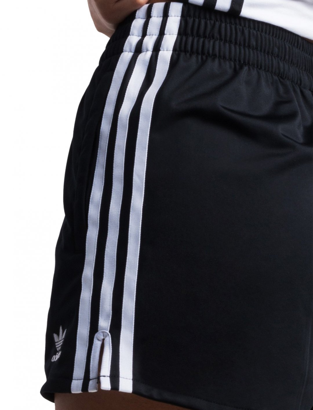 "Adidas 3 Stripes Shorts {""id"":5,""product_section_id"":1,""name"":""Clothing"",""order"":5} Adidas"