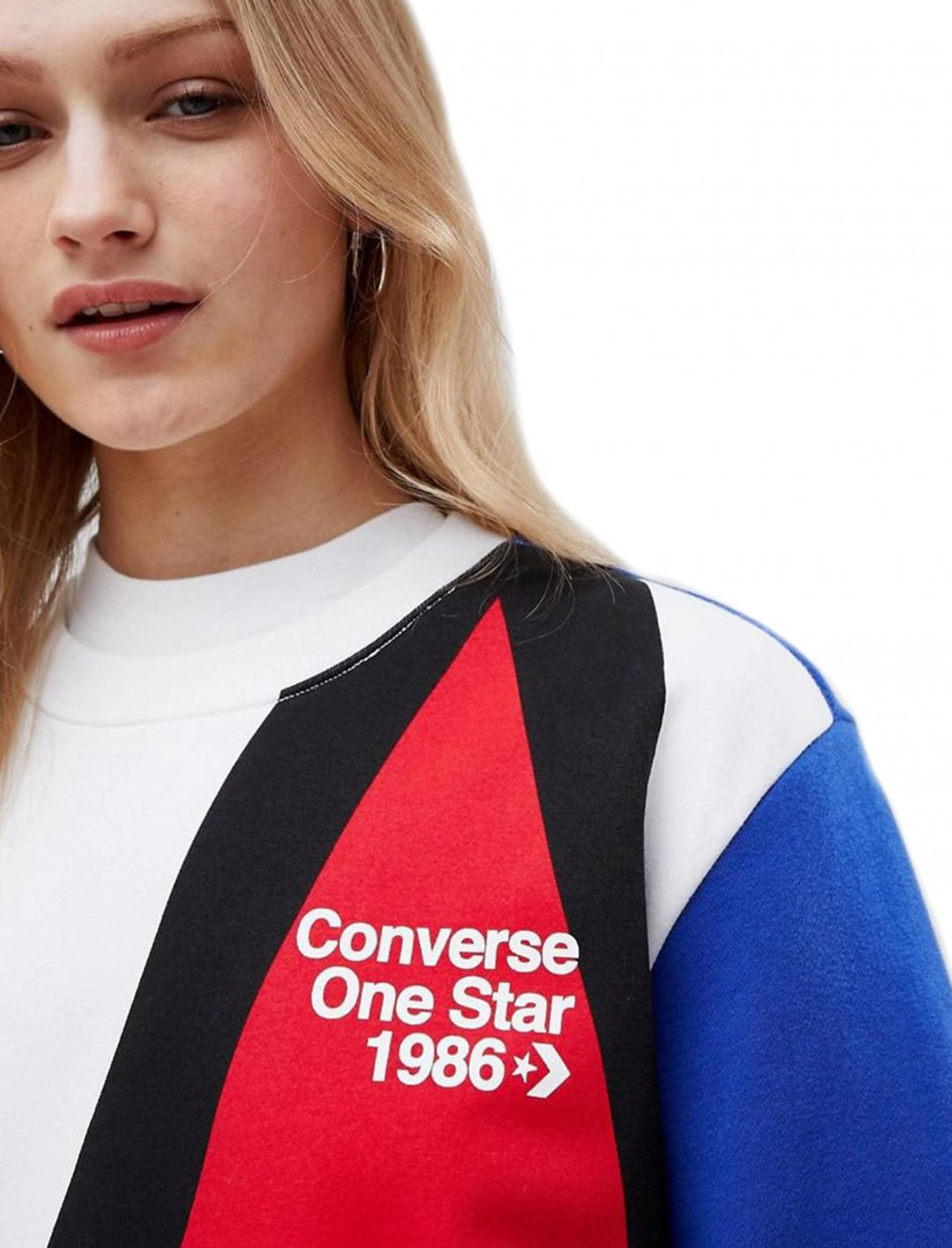 "Converse Boyfriend Fit Sweatshirt {""id"":5,""product_section_id"":1,""name"":""Clothing"",""order"":5} Converse"