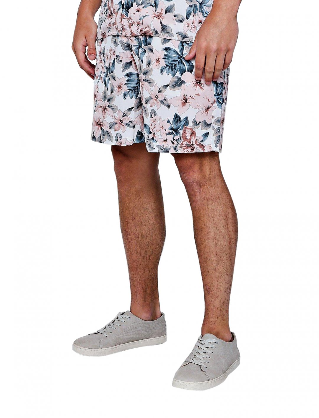 "Drawstring Short {""id"":5,""product_section_id"":1,""name"":""Clothing"",""order"":5} boohooMAN"