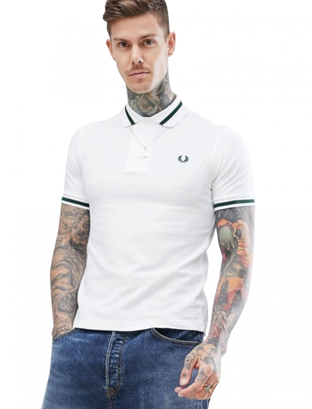 "White Polo Shirt {""id"":5,""product_section_id"":1,""name"":""Clothing"",""order"":5} Fred Perry"