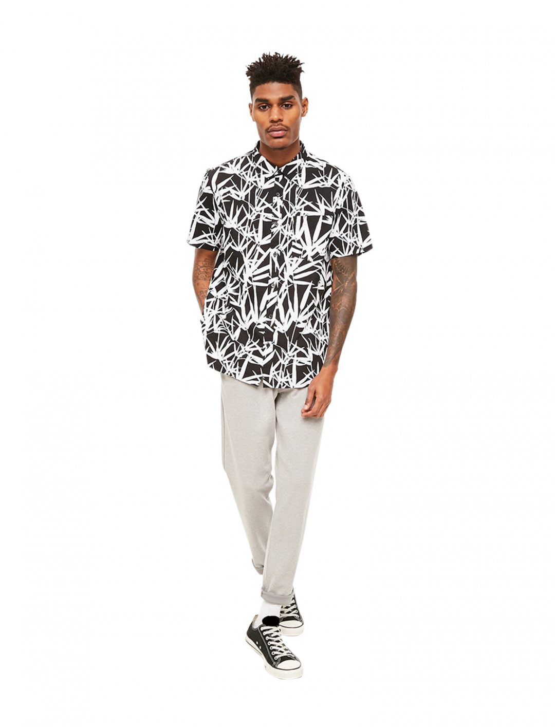 """Forever21 Leaf Print Shirt {""""id"""":5,""""product_section_id"""":1,""""name"""":""""Clothing"""",""""order"""":5} Forever21"""