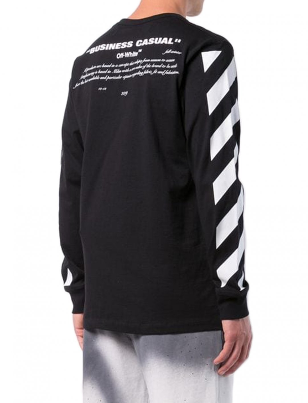 "B Young's T-Shirt {""id"":5,""product_section_id"":1,""name"":""Clothing"",""order"":5} Off-White"