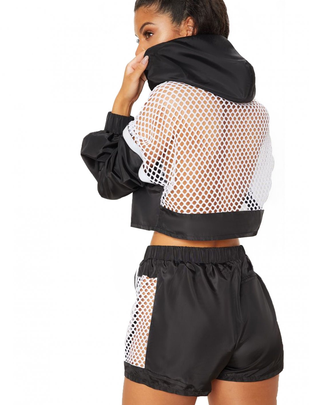 "Fishnet Panel Jacket {""id"":5,""product_section_id"":1,""name"":""Clothing"",""order"":5} Pretty Little Thing"